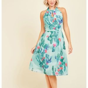 ModCloth The Blogger the  Better dress size M